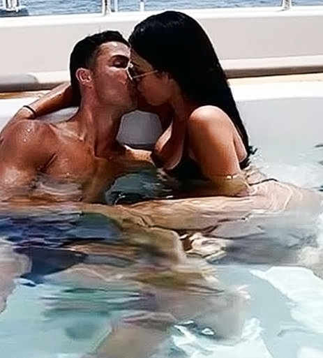 Georgina Rodriguez Nude Ass & LEAKED Sex Tape 68