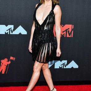 Alison Brie Nude LEAKED Pics & Sex Tape + Scenes Compilation [2021] 29