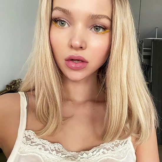 Dove Cameron Nude LEAKED Snapchat Pics & Sex Tape 23