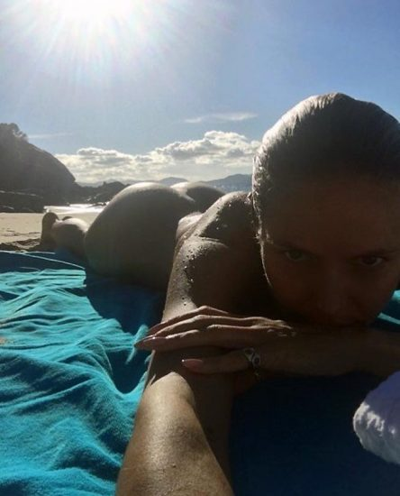 Heidi Klum Nude and Topless LEAKED Pictures 3
