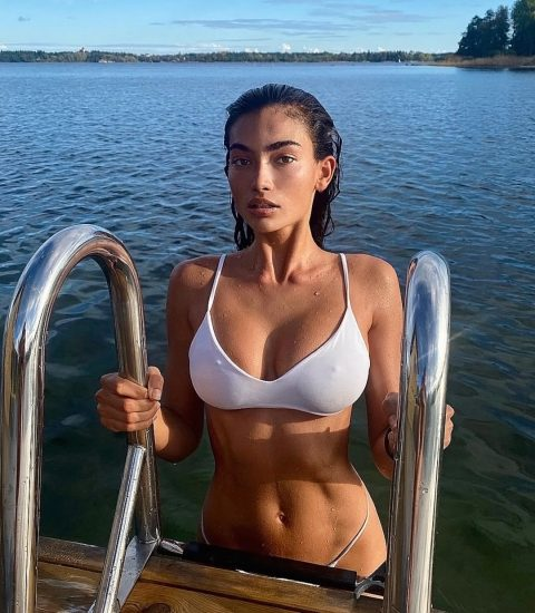 Kelly Gale Nude & Topless Pics And LEAKED Sex Tape 82