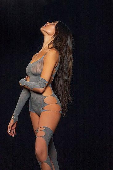 Madison Beer Nude LEAKED Pics & Sex Tape Porn Video 17
