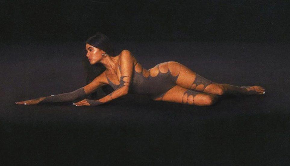 Madison Beer Nude LEAKED Pics & Sex Tape Porn Video 21