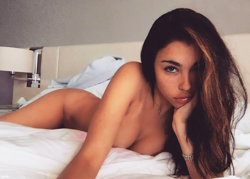 Madison Beer Nude LEAKED Pics & Sex Tape Porn Video 15