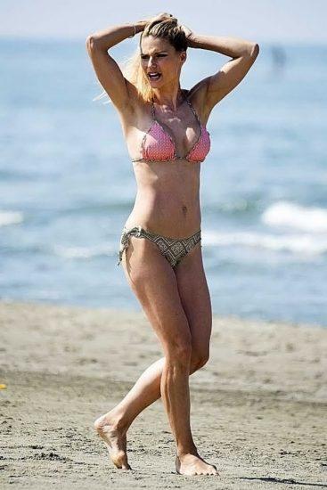 Michelle Hunziker NUDE & Topless Pics And Sex Scene 54