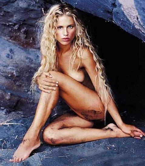 Michelle Hunziker NUDE & Topless Pics And Sex Scene 32