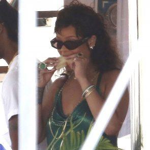 Rihanna Naked Leaks and PORN Sex Tape [2021 NEWS] 115