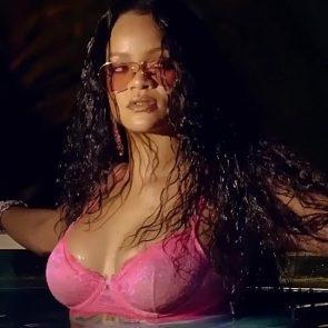 Rihanna Naked Leaks and PORN Sex Tape [2021 NEWS] 72