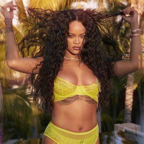 Rihanna Naked Leaks and PORN Sex Tape [2021 NEWS] 66