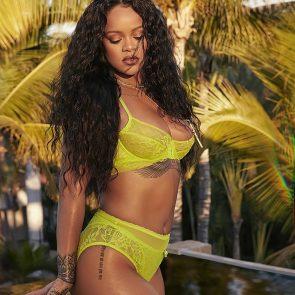Rihanna Naked Leaks and PORN Sex Tape [2021 NEWS] 62