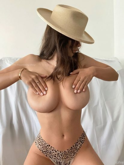 Sophie Mudd Nude Pics & LEAKED Topless Sex Tape Porn Video 11