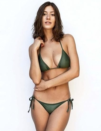 Alejandra Guilmant NUDE & Topless Photos Collection 134