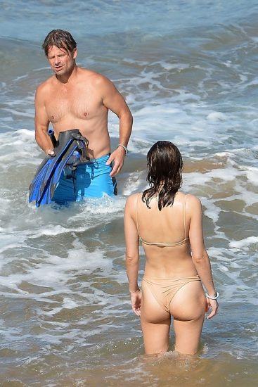 Alexandra Daddario NUDE Pics and Topless Sex Scenes 123
