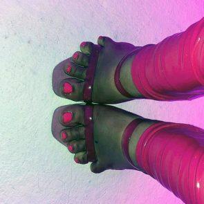 Doja Cat nude feet in high heels