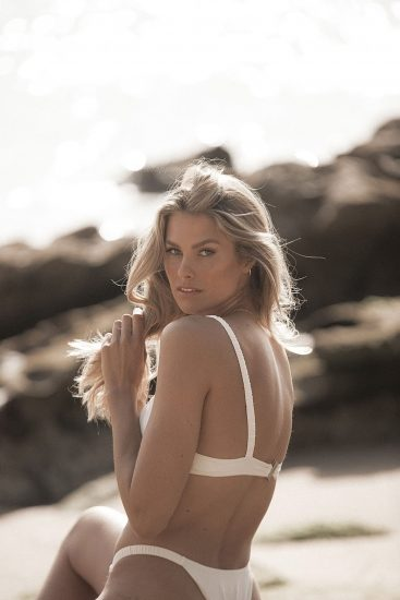 Natalie Roser Nude And Topless Pics & LEAKED Porn Video 40