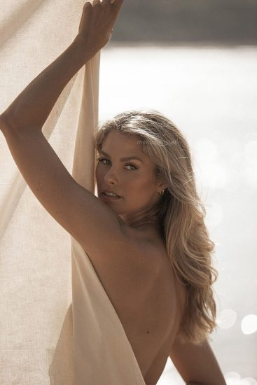 Natalie Roser Nude And Topless Pics & LEAKED Porn Video 41