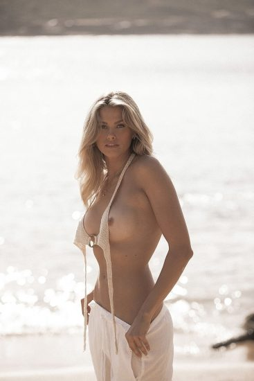 Natalie Roser Nude And Topless Pics & LEAKED Porn Video 42