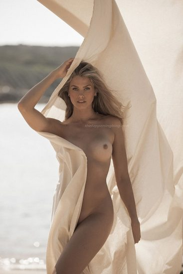 Natalie Roser Nude And Topless Pics & LEAKED Porn Video 38
