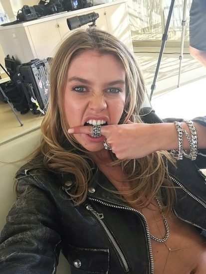 Stella Maxwell Nude LEAKED Photos & Sex Tape Porn Video 61