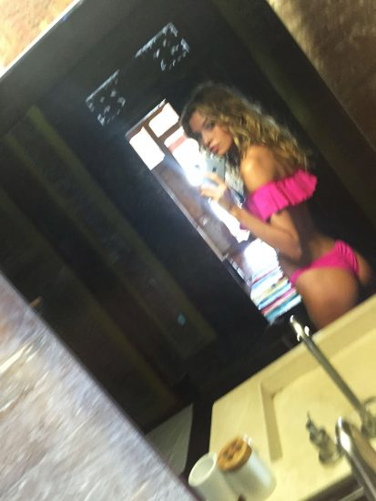 Stella Maxwell Nude LEAKED Photos & Sex Tape Porn Video 32