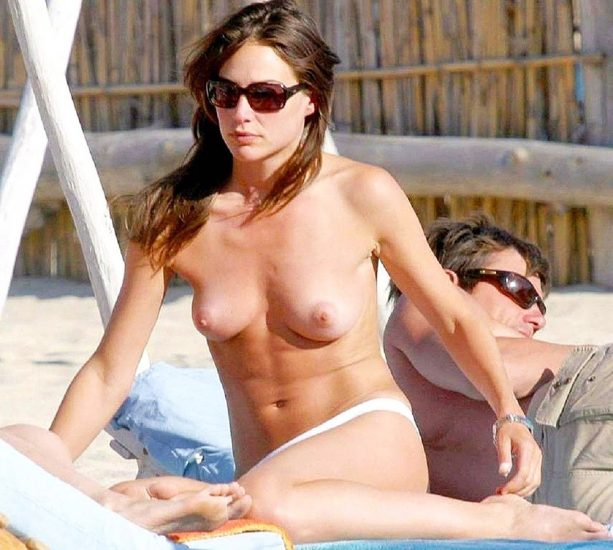 Claire Forlani Nude LEAKED Pics, Porn Video & Sex Scenes 6