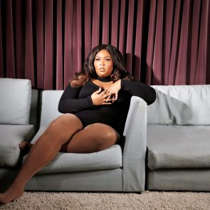 Lizzo Nude Fat Ass & Boobs – Naked Pics & LEAKED Porn Video 103