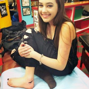 Mary Mouser nude feet