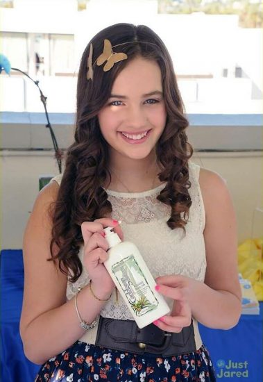 Mary Mouser Nude Pics and Porn LEAKED Online 61