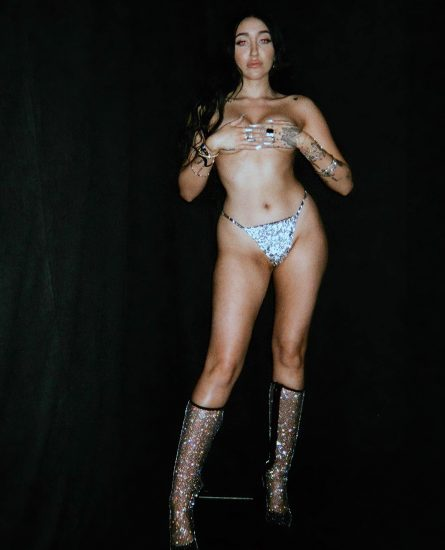 Noah Cyrus Nude LEAKED Pics & Hot Porn Video [2021] 88
