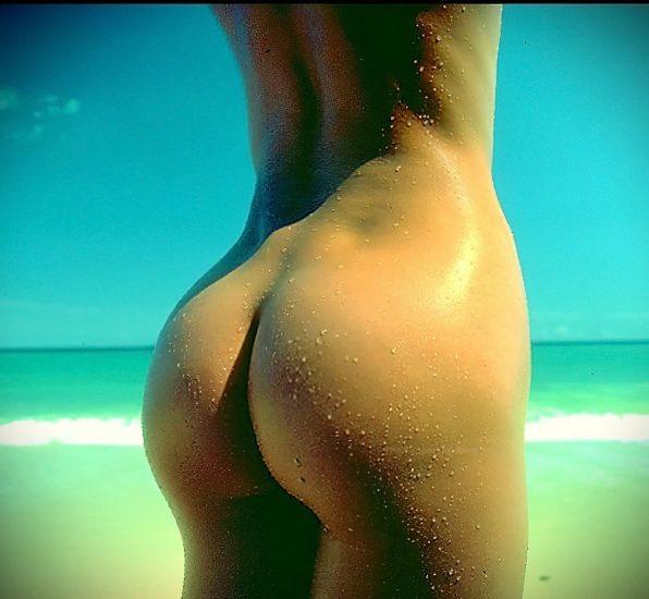 Stephanie Seymour Nude Pics & LEAKED Sex Tape Porn 31