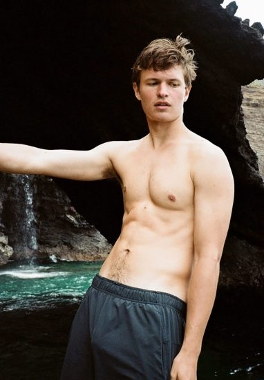 Ansel Elgort Nude LEAKED Bulge Pics & Private Porn Video 11
