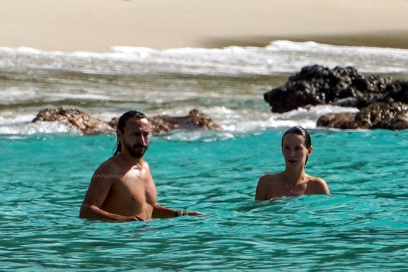 Bob Sinclar NUDE On The Beach & Shirtless, Bulge & Hot Pics 43