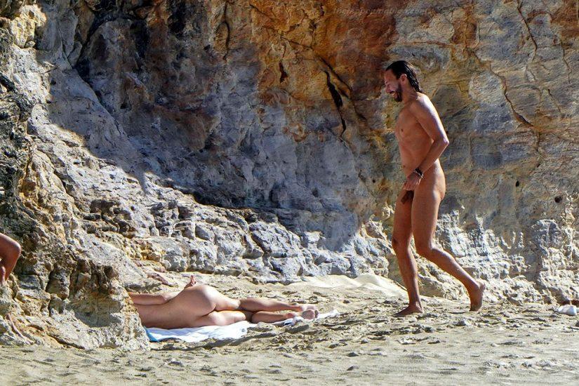Bob Sinclar NUDE On The Beach & Shirtless, Bulge & Hot Pics 40