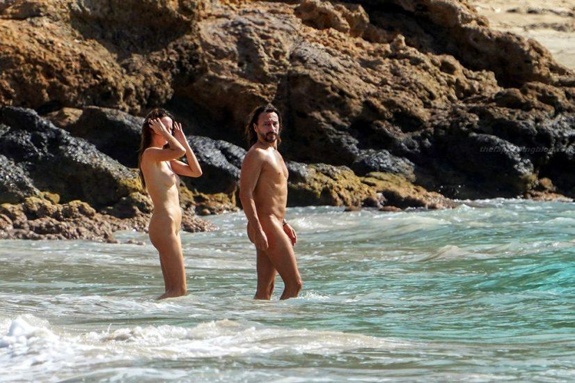 Bob Sinclar NUDE On The Beach & Shirtless, Bulge & Hot Pics 33
