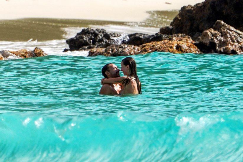 Bob Sinclar NUDE On The Beach & Shirtless, Bulge & Hot Pics 30