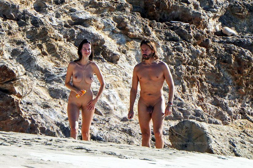 Bob Sinclar NUDE On The Beach & Shirtless, Bulge & Hot Pics 27