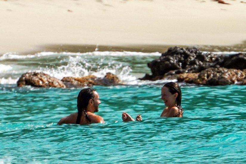 Bob Sinclar NUDE On The Beach & Shirtless, Bulge & Hot Pics 25