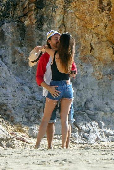 Bob Sinclar NUDE On The Beach & Shirtless, Bulge & Hot Pics 19