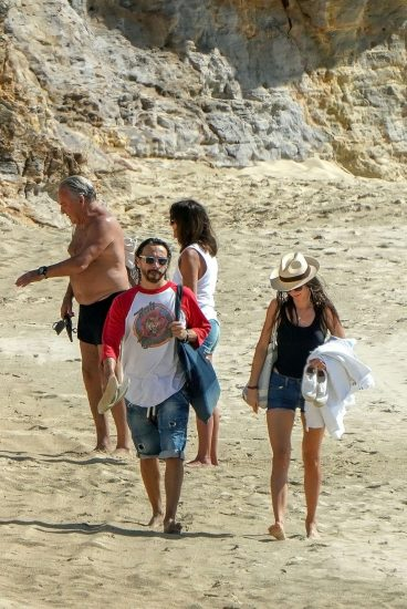 Bob Sinclar NUDE On The Beach & Shirtless, Bulge & Hot Pics 16