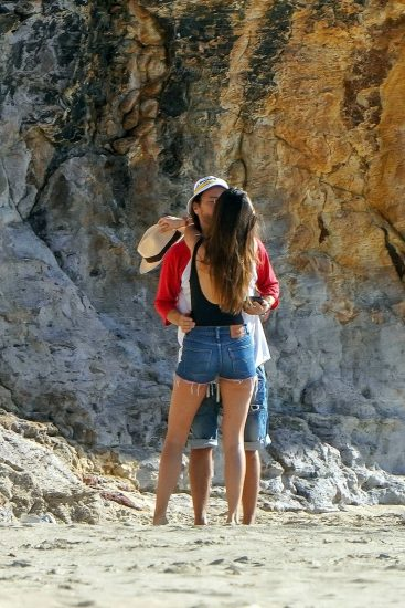 Bob Sinclar NUDE On The Beach & Shirtless, Bulge & Hot Pics 10