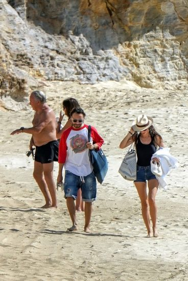 Bob Sinclar NUDE On The Beach & Shirtless, Bulge & Hot Pics 6