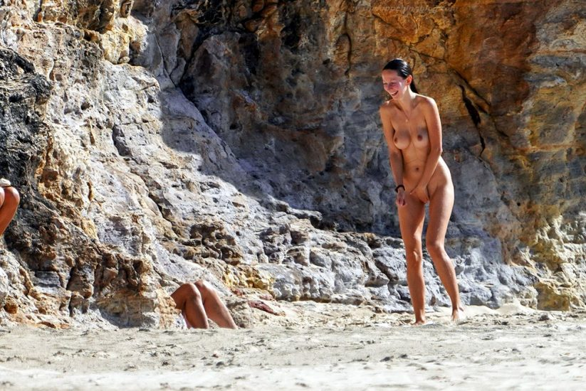Bob Sinclar NUDE On The Beach & Shirtless, Bulge & Hot Pics 69