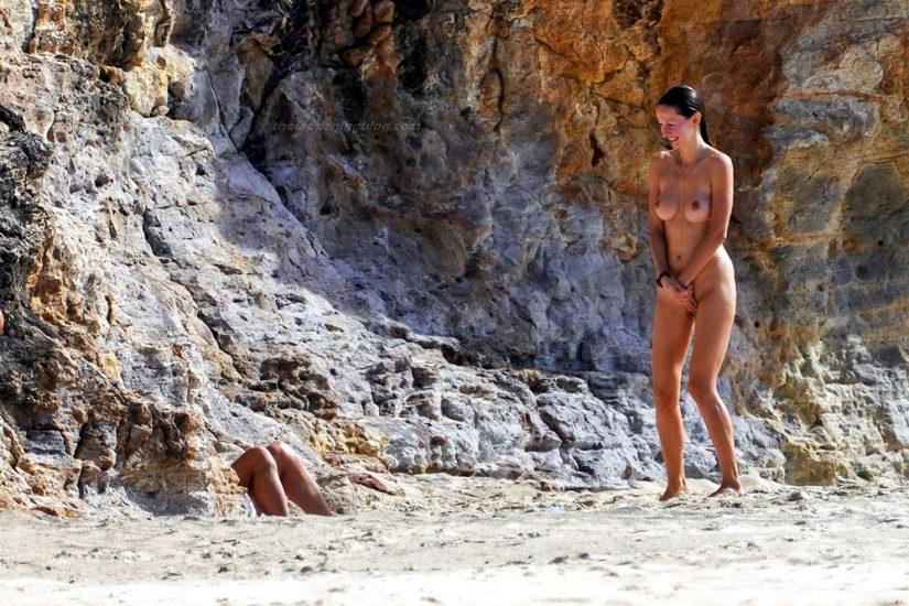 Bob Sinclar NUDE On The Beach & Shirtless, Bulge & Hot Pics 68