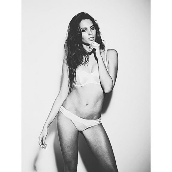 Genesis Rodriguez Nude LEAKED Pics & Hot Scenes 17