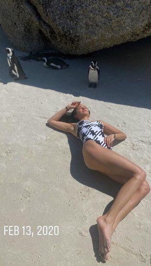 Nina Dobrev Nude Leaked Photos & Sex Tape 141