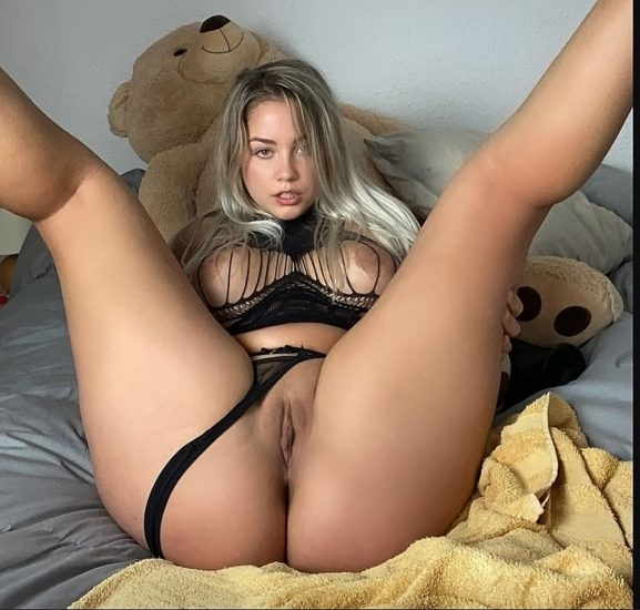 Paola Skye Nude LEAKED Pics & OnlyFans Porn Videos 43