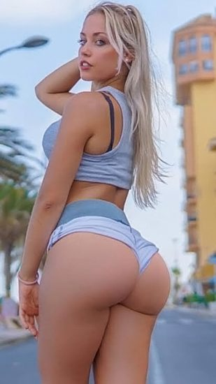 Paola Skye Nude LEAKED Pics & OnlyFans Porn Videos 24