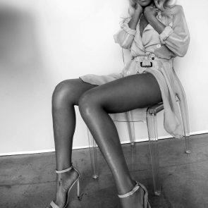 Rihanna Naked Leaks and PORN Sex Tape [2021 NEWS] 130