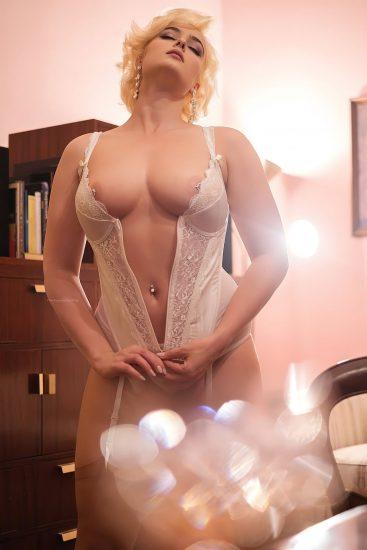 Stefania Ferrario Nude & Lesbian Pics And LEAKED Porn 136