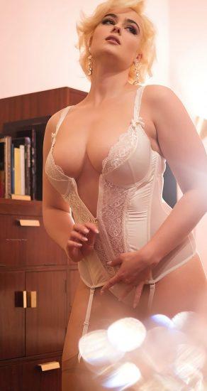 Stefania Ferrario Nude & Lesbian Pics And LEAKED Porn 151
